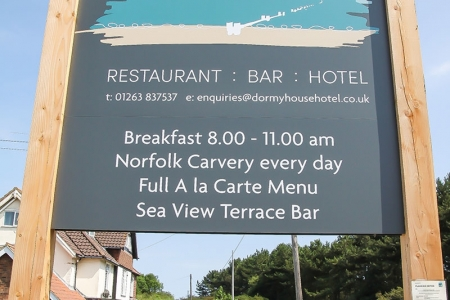 Dormy-House-sign