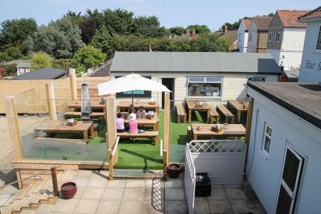 Dormy-House-aerial-terrace